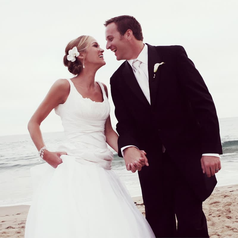 bride groom wedding photography walking laguna beach