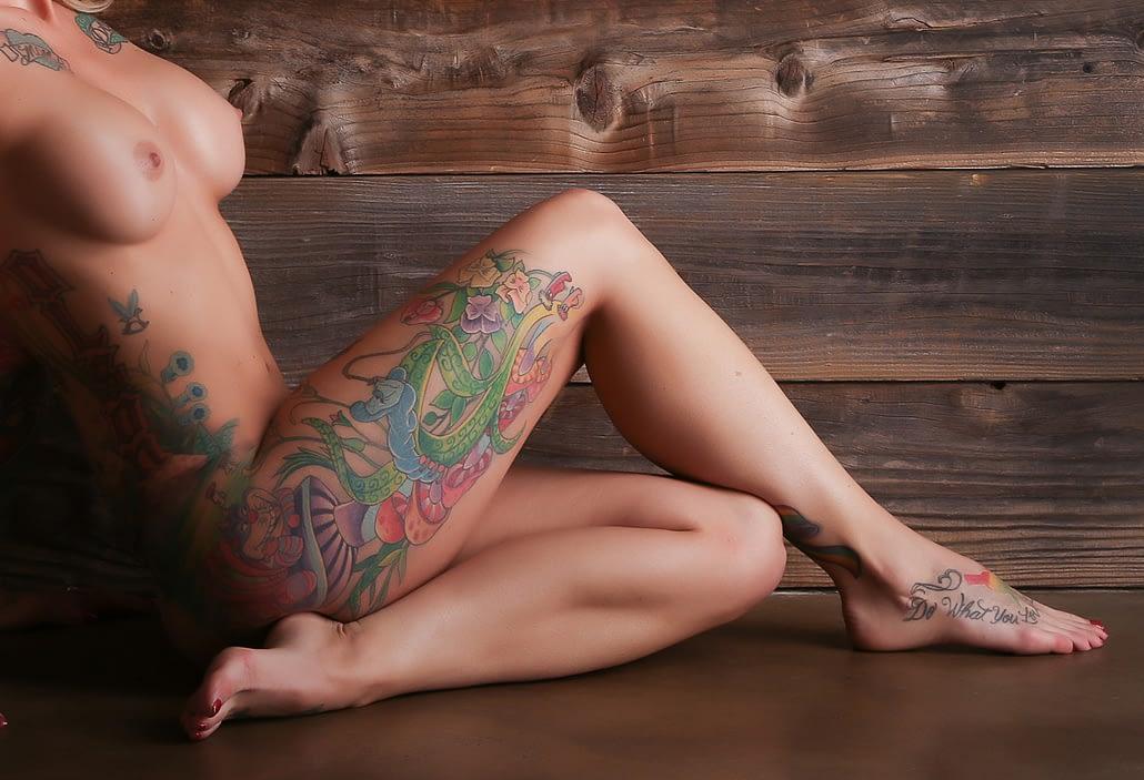 tattoo nude woman boudoir photo shoot orange county