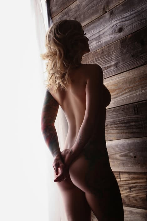 tattoo nude woman sexy back pose